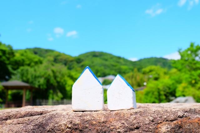 【田舎暮らし用に別荘が欲しい!】新築するべき?中古を買うべき?