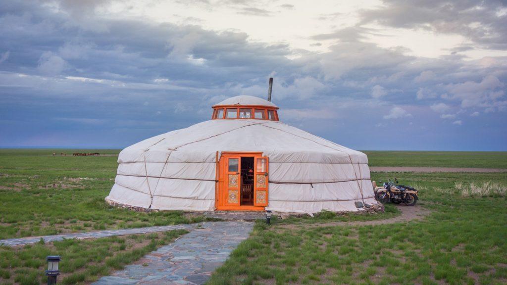 ゴビグルバンサイカーン国立公園 モンゴル